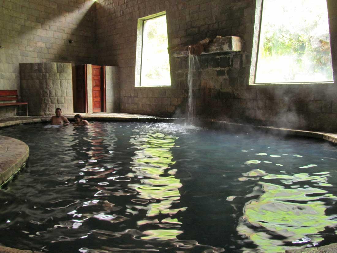 churin baños termales